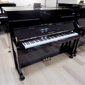 艶出しピアノ 黒