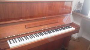 ちょっと珍しいピアノ:W104